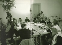 "<p>""The end of architecture / Architektur am Ende?"", Vienna architecture conference, 1992<br /><strong>Participants</strong>: Lebbeus Woods (<em>center</em>), Helmut Swizcinsky and Wolf D. Prix (<em>not in picture</em>) Coop Himmelb(l)au, Frank Werner (moderator), Aleksandra Wagner-Woods (<em>background</em>), Peter Noever, Zaha Hadid, Daniela Zyman (documentation), Patrik Schumacher, Carme Pinós, Thom Mayne (morphosis), Steven Holl (<em>covered</em>), Eric Owen Moss</p>"