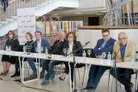 "<p>""Vadim Kosmatschof — Sculpture"" press conference at The New Tretyakov Gallery: (from left to right) Anna Mapolis, Kirill Svetlyakov, Vadim Kosmatschof, Zelfira Tregulova, Simon Mraz, Peter Noever (background: Tatlin's Tower – Памятник III Интернационалу) — © archive peter noever</p>"