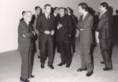 "<p><span>Bernard Rudofsky together with Austrian federal chancellor Franz Vranitzky MAK-director Peter Noever, federal culture Minister, Rudolf Scholten</span> at the Opening Ceremony of ""Sparta/Sybaris"" at the MAK, Vienna, 1987/88</p>"