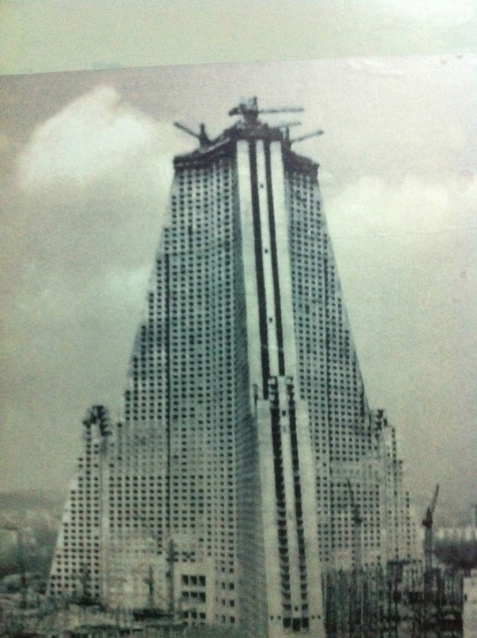 PYONGYANG | Ryugyong Hotel   Reconstruction | 1,083 FT / 330 M | 105 FLOORS    Page 37   SkyscraperPage Forum